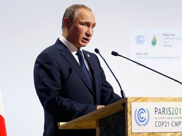 Vladimir Putin, presidente da Rússia, discursa na abertura da COP 21, conferência global do clima em Paris (Foto: Stephane Mahe/Reuters)