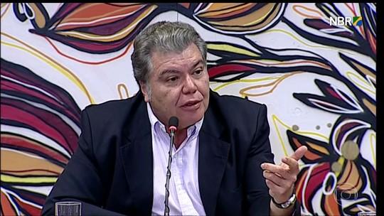 Ministro diz que não faz 'adivinhação' sobre desmatamento na Amazônia