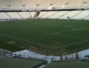 Campo ganhou as 'linhas do futebol' nesta terça-feira (Foto: Marcos Montenegro/GLOBOESPORTE.COM)