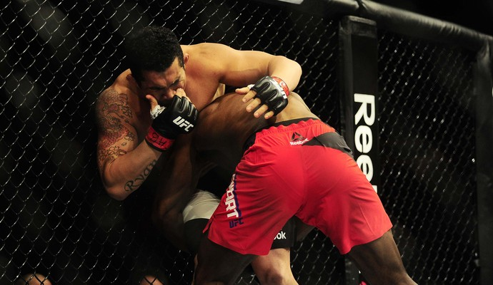 Francimar Bodão, Darren Stewart, UFC São Paulo, MMA (Foto: Marcos Ribolli)