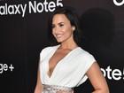 Demi Lovato ousa no look e revela segredo para não mostrar demais