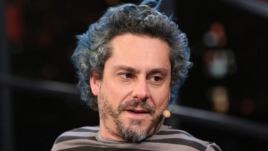 Alexandre Nero rasga elogios ao maestro João Carlos Martins: 'Ele é meio super-herói'