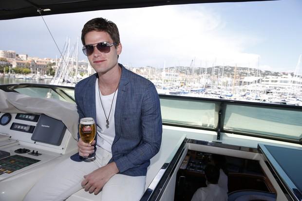 Jonatas Faro em Cannes (Foto: Felipe Panfili / AgNews)