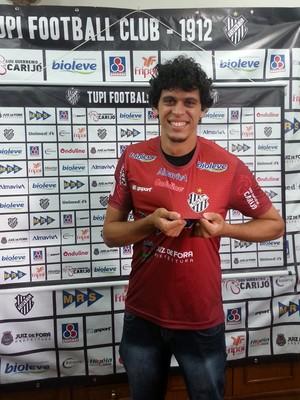 Goleiro Rodrigo Viana Tupi-MG (Foto: Roberta Oliveira)