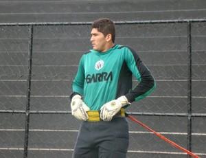 Goleiro do Central, André (Foto: Vital Florêncio / GloboEsporte.com)