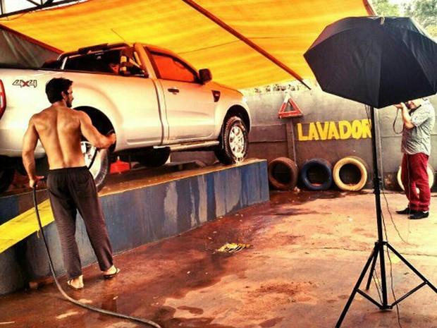 Paulo André Neto é dono de um lava jato (Foto: Beto Ferraz )