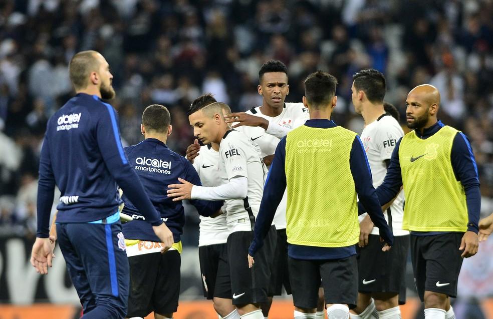 Arana perde pênalti decisivo em Corinthians x Inter: mais uma queda em casa (Foto: Marcos Ribolli)