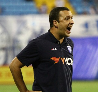 Ava� anuncia desligamento do t�cnico Raul Cabral e auxiliar Fernando Gil
