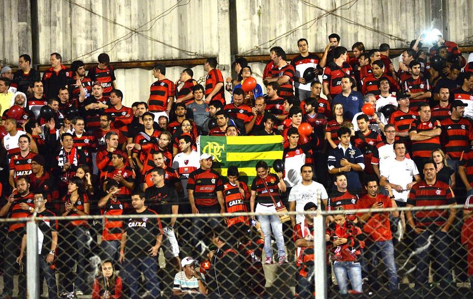 A covardia e a violência contra torcedores do Flamengo no Paraná