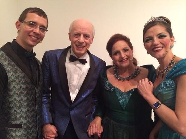 Atores renomados participam da peça. (Foto: Fabiana de Sousa/Divulgação)