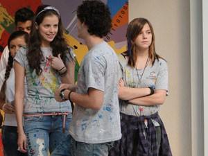 Agatha em cena com Guilherme Prates e Alice Wegmann (Foto: Malhação / Tv Globo)