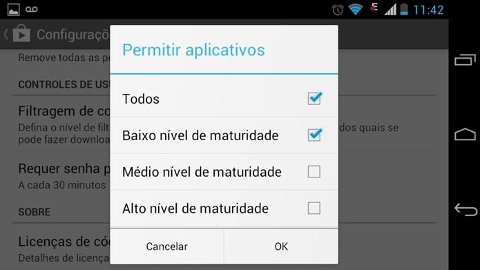 Opção Baixe nível de maturidade evita exibição de conteúdo para maiores na Play Store (Reprodução / Dario Coutinho)
