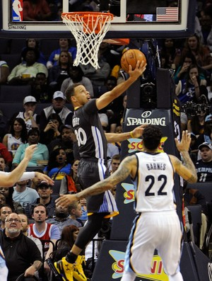 Curry Grizzlies x Warriors NBA Basquete (Foto: Getty Images)