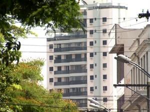 500 imóveis possuem dívidas com a Prefeitura de Rio Claro (Foto: Cesar Fontenelle/EPTV)