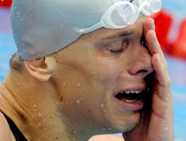cesar cielo chora ao vencer os 50m livres nas olimpíadas em pequim (Foto: AFP)