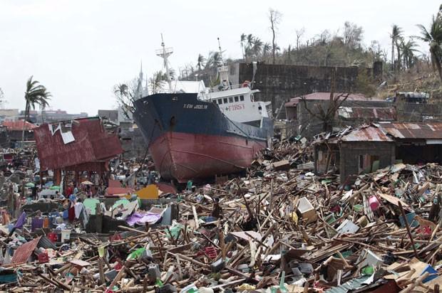 philippines-typhoon_fran-2.jpg