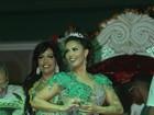Milena Nogueira é coroada como rainha de bateria da Império Serrano