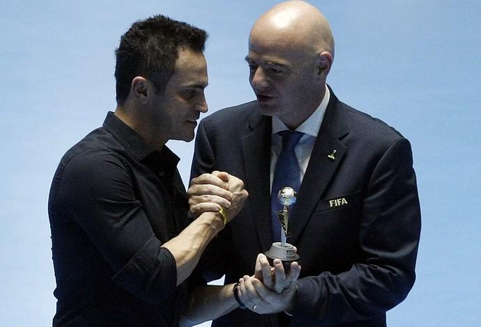 Falcão recebe homenagem pelo recorde de gols em Copas do Mundo (Foto: EFE)