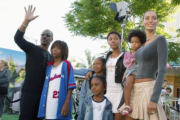 Eddie e Nicole Murphy com os filhos em 2004 (Foto: Getty Images)