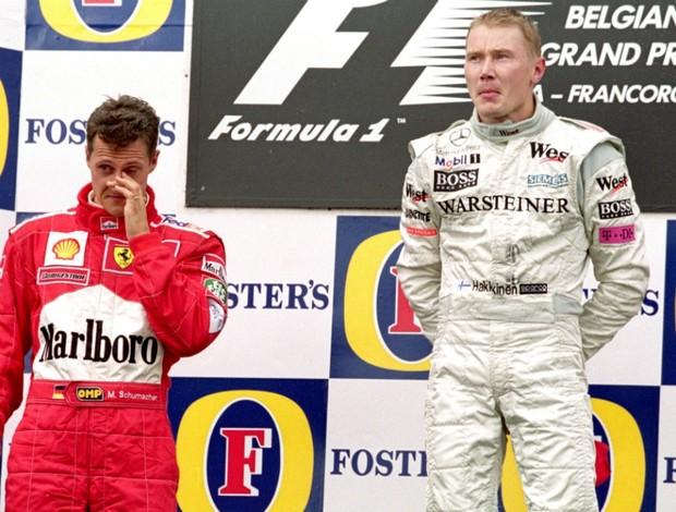 Michael Schumacher perdeu para Mika Hakkinen no GP da Bélgica de 2000 (Foto: Getty Images)
