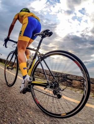 Flavia Oliveira - ciclismo estrada