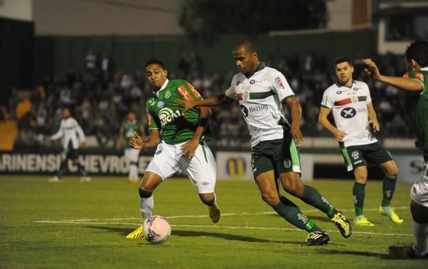 Fabinho Alves Linno Chapecoense Metropolitano (Foto: Sirli Freitas / Agência RBS)