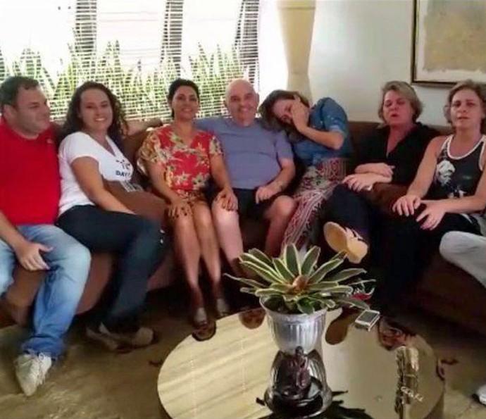 Ana Paula, do BBB16, já está com a família em Belo Horizonte (Foto: Arquivo Pessoal)