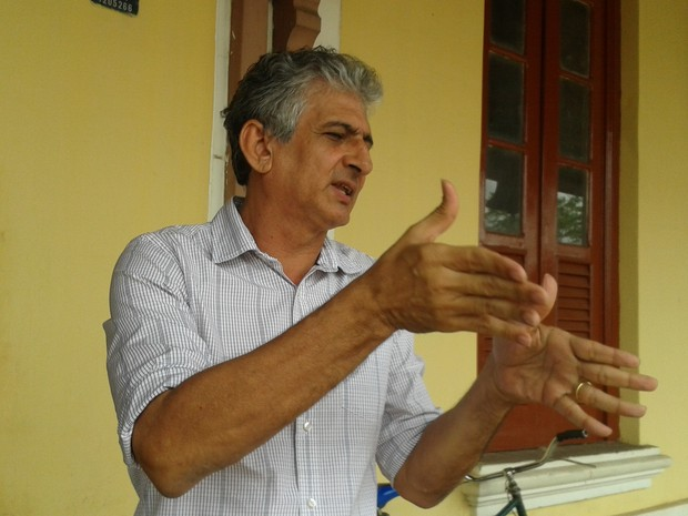 Diretor Metropolitano quer saber causas do acidente com metrô de Teresina  (Foto: Gilcilene Araújo/G1)