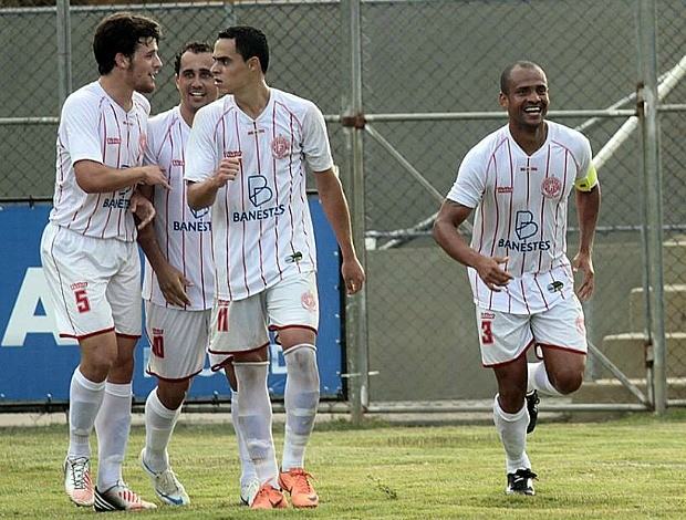 Copa Espírito Santo 2013: Cachoeiro x Desportiva Ferroviária (Foto: Simon Dias/RTV)