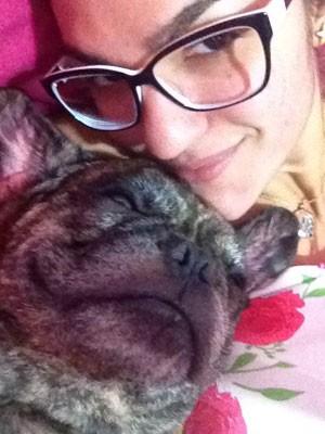 Dona de cão morto por PM quer se mudar de cidade (Foto: Arquivo pessoal)