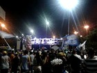 Em Manaus, eleitores comemoram vitória de Melo na Avenida do Samba