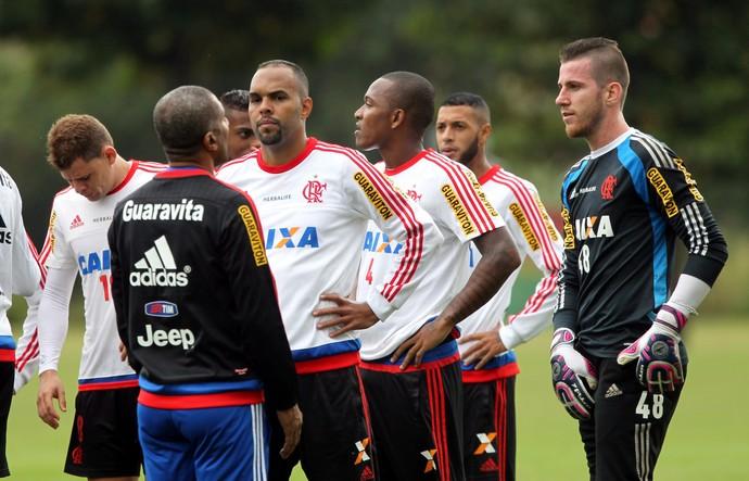 Alecsandro Cristóvão Treino Flamengo Ninho (Foto: Cezar Loureiro / Ag. O Globo)