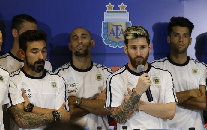Resultado de imagem para maconha na Seleção Argentina