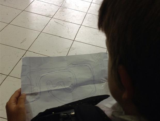 """Sob chuva, Rubens Barrichello dá """"cola"""" para o filho Eduardo no kart (Foto: Reprodução Instagram)"""