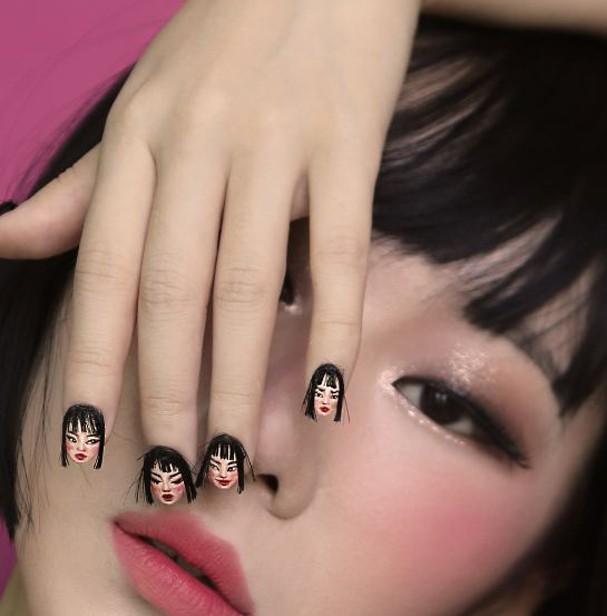 Nail art com cabelo (Foto: Reprodução)
