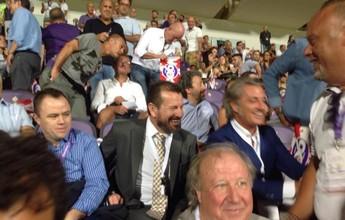 Em festa, Fiorentina vence com Dunga no estádio; Roma cede empate
