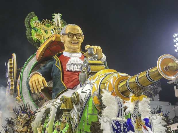 Mancha Verde faz homenagem a Mário Lago, que morreu em 2002, aos 90 anos (Foto: VANESSA CARVALHO/BRAZIL PHOTO PRESS/ESTADÃO CONTEÚDO)