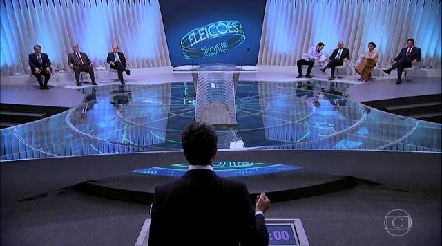Sete candidatos à Presidência da República participam de debate na TV Globo