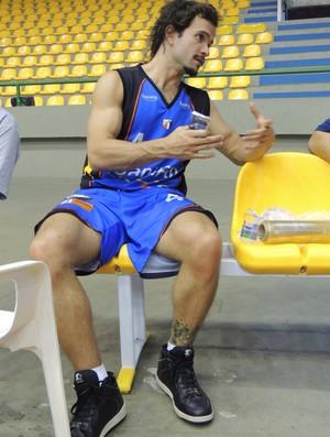 gustavinho lima mogi basquete (Foto: Rodrigo Mariano / Globoesporte.com)