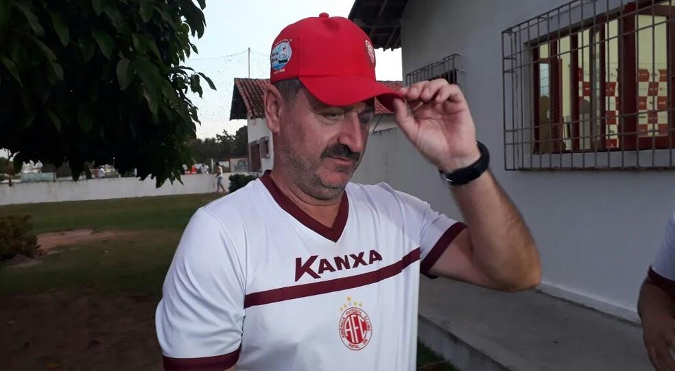 Leandro Campos crava time misto do América-RN para duelo de domingo (Foto: Klênyo Galvão/Inter TV Cabugi)