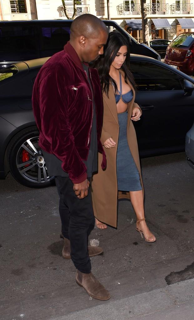 Kanye West e Kim Kardashian em Paris, na França (Foto: AKM-GSI/ Agência)