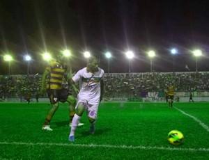 Cametá atlético goianiense (Foto: Gustavo Pêna)