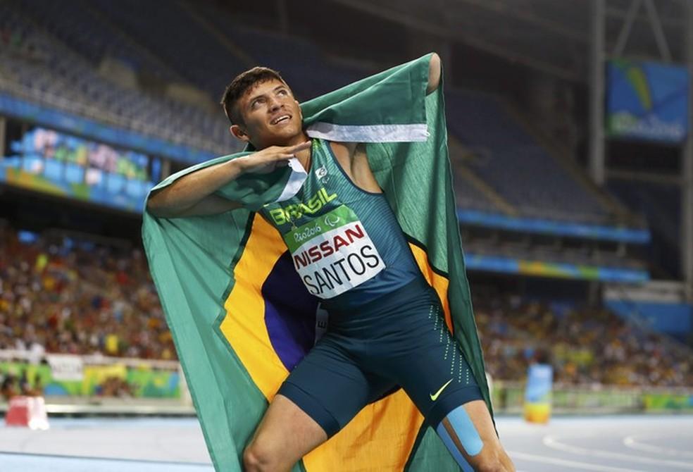 Petrucio Ferreira  um dos expoentes do atletismo paralímpico reclama da falta de apoio de público para os atletas paralímpicos (Foto: Reuters)