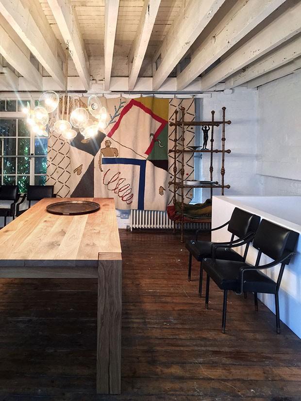 London Design Festival 2017: Bethan Laura Wood e OneRoom criam casa dos sonhos com móveis garimpados (Foto: Michell Lott)