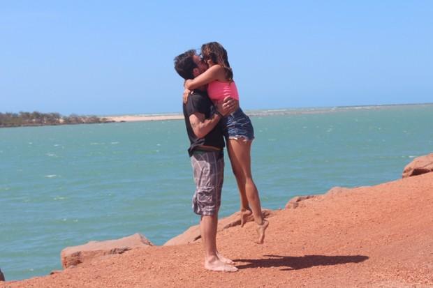 Gyselle Soares e o namorado francês, Pierre Antoine, no Piauí (Foto: Divulgação)