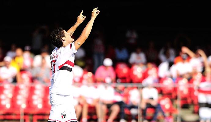 Alexandre Pato comemora gol do São Paulo contra o Audax (Foto: Marcos Ribolli)