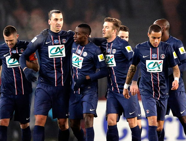 Ibrahimovic comemora gol do PSG contra o Olympique (Foto: Reuters)
