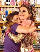 Socorro volta a ser personal curica (Cheias de Charme / TV Globo)