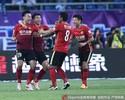 Guangzhou goleia e assume ponta do Chinês; Elkeson marca e faz história