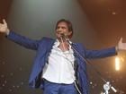 Roberto Carlos é aplaudido por famosos em show em São Paulo